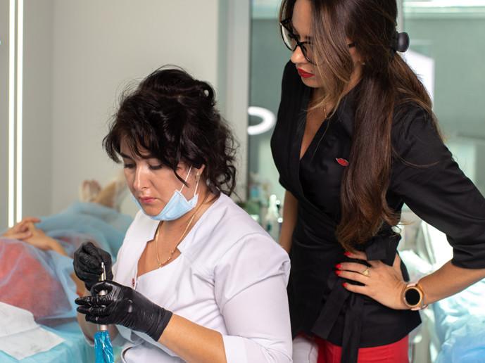 курсы татуажа в киеве, обучение перманентному макияжу